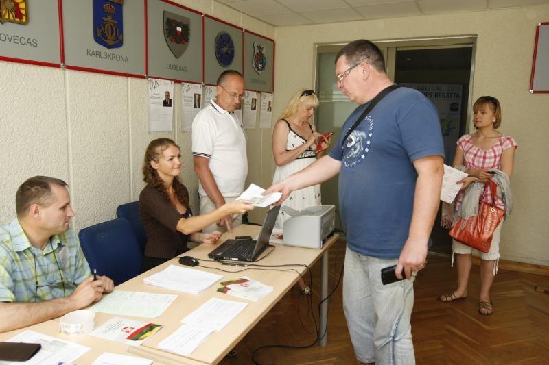 Seimo rinkimai: rinkėjai pasyvūs, kandidatai rašo skundus
