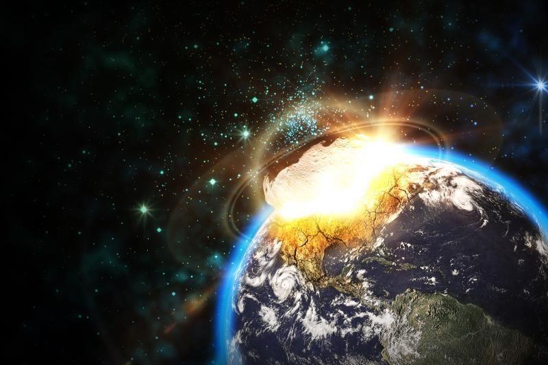 2040 m. pro Žemę praskriesiantis asteroidas pavojaus nekelia?