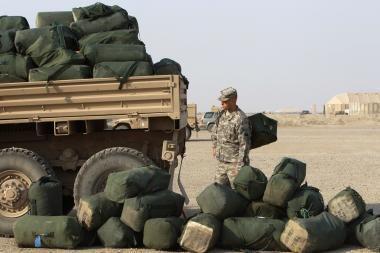 JAV traukiasi iš Irako, palikdamos pavojingų pėdsakų