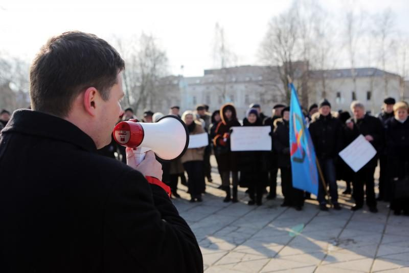 Klaipėdos rusų partijų ginče dėl mokyklos - kaltinimai provokacija