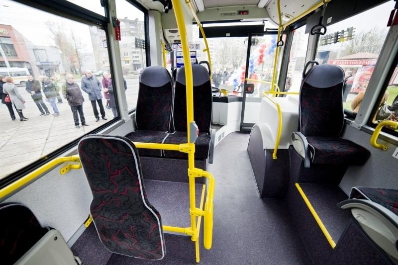 """Egipte - nauji autobusai: tiktų ir vyrams, bet """"pritaikyti"""" moterims"""