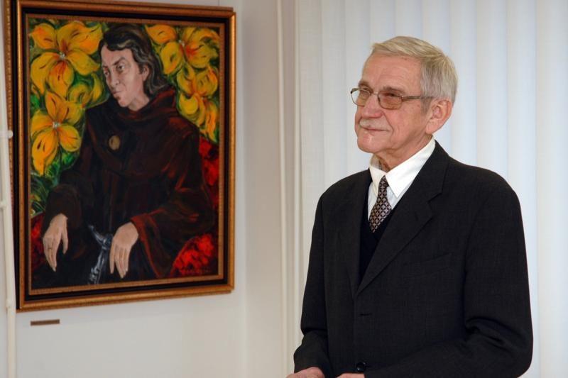 Mirė unikalias freskas restauravęs tapytojas B. Uogintas