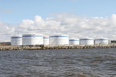 Baltarusija šiemet perdirbo ketvirtadaliu mažiau naftos