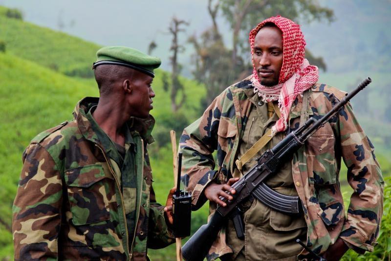Konge per išpuolį žuvo šeši žmonės ir paskersta 13 okapijų
