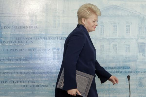 Prezidentė naujos patarėjos į A.Nugaraitės vietą kol kas neieško