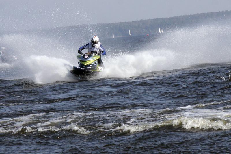 Kaune pavogti du brangūs vandens motociklai
