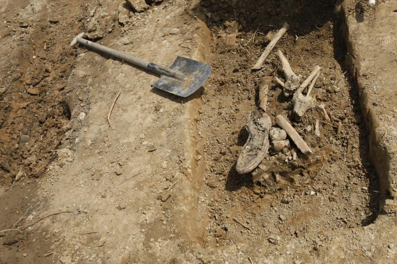 Varėnos rajone iškasti žmogaus kaulai