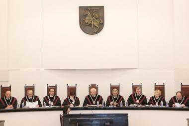 Prezidentė į Konstitucinio Teismo teisėjus siūlo E.Bieliūną
