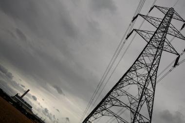 Apie elektros tiekimo gedimus galima pranešti numeriu 1802