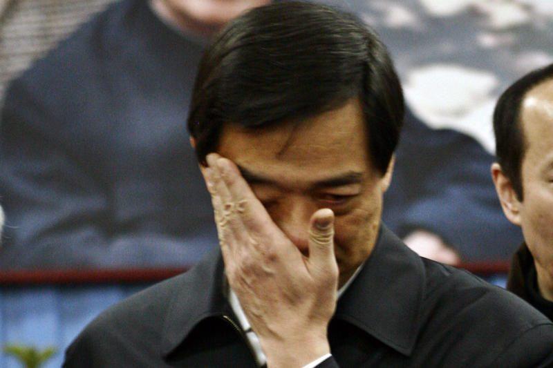 Kinijoje nuverstas politinis lyderis, jo žmona siejama su nužudymu