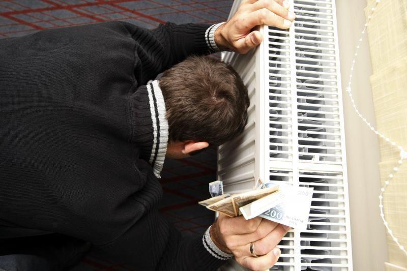 Sąskaitos už šildymą dar labiau paplonino pinigines