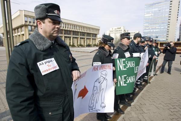 Šeštadienio mitinge prie Vyriausybės laukiama tik D.Grybauskaitė