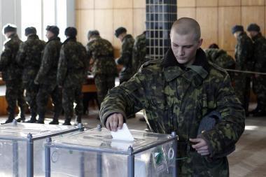Rinkimų dieną Ukrainoje tvyro karo nuojauta