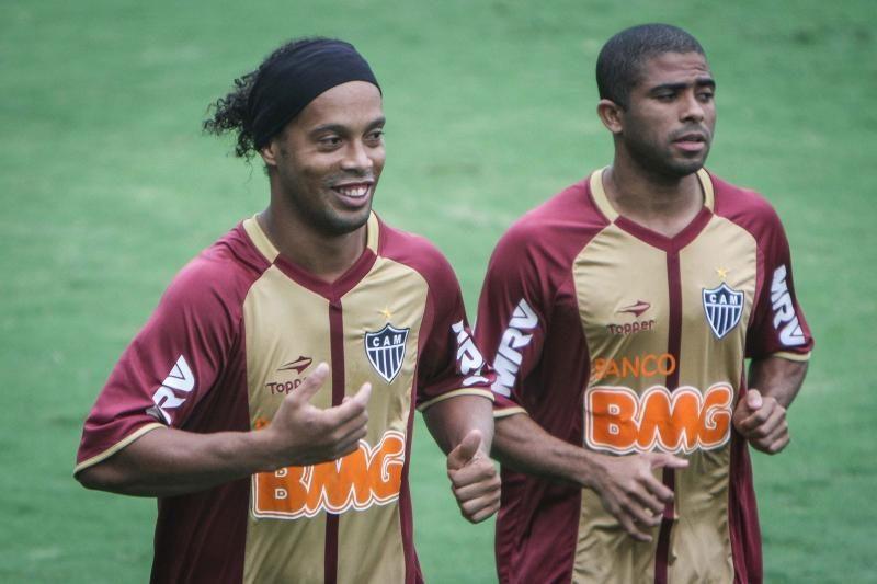 Brazilijos futbolo pirmenybių lyderiai prarado taškus