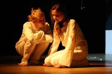 Spektaklis jaunimui apie jaunimą