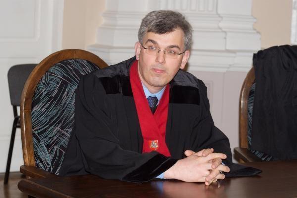 Prokurorui J.Lauciui neteks mokėti per 9 tūkst. litų valstybei