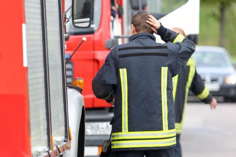 Ugniagesiai grasina protesto akcijomis per pirmininkavimą ES