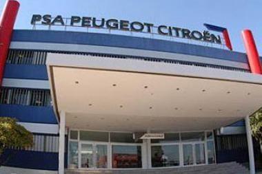 """""""Peugeot Citroen"""" planuose – """"Mitsubishi"""""""