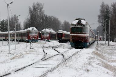 Dėl trūkusio bėgio susisiekimas tarp Vilniaus ir Klaipėdos sutrikęs ir pirmadienį