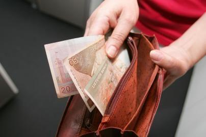Darbo užmokestis Lietuvoje trečiąjį ketvirtį didėjo apie 19 litų