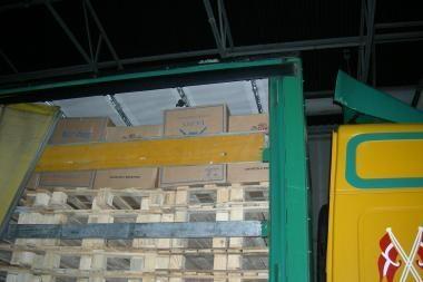 Medininkuose – 500 tūkst. cigarečių pakelių kontrabanda