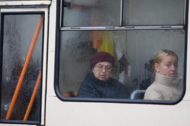 Sekmadieniais Vilniaus transportas darbą pradės valanda vėliau