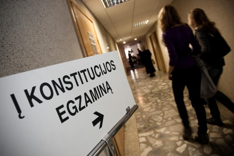 Klaipėdiečiai kviečiami laikyti šeštąjį Konstitucijos egzaminą