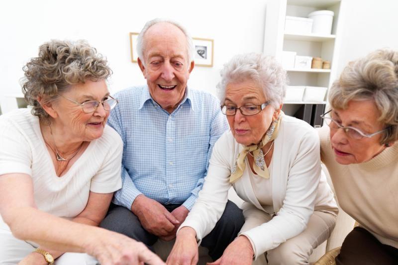 Senjorai ir kaimo gyventojai internete jaučiasi vis drąsiau
