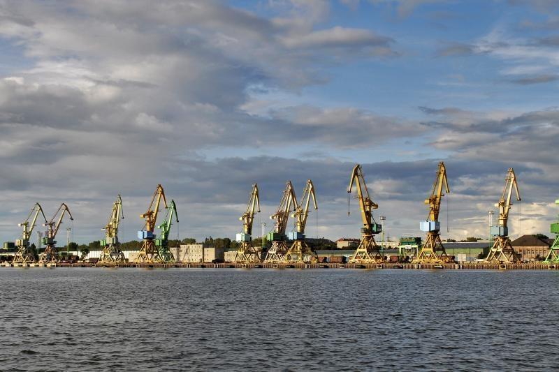 Klaipėdos uosto apyvarta augo, Ventspilio ir Rygos uostų - smuko