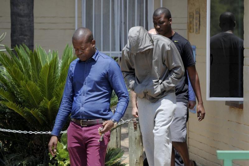 Į teismą grįžęs O. Pistorius viliasi būti paleistas už užstatą