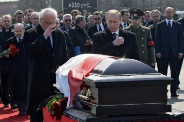 Tragedija sutaikys Lenkiją ir Rusiją?