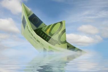 Euro kursas smunka antrą dieną iš eilės