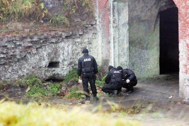 Išminuotojų darbus fortuose sustabdė šikšnosparnių saugotojai