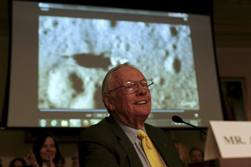 JAV astronautui Neilui Armstrongui atlikta širdies operacija