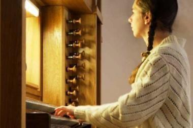 Muzika kvies prisikelti iš tamsybių