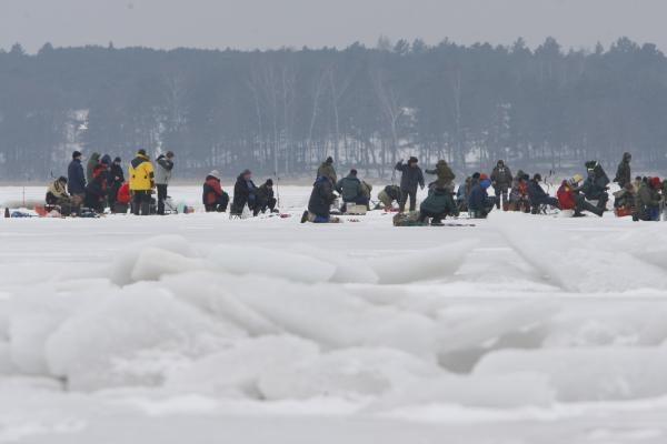 Ugniagesiai gelbėtojai: Kuršių marių ledas pavojingas