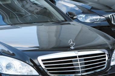 Seimo narių prabangių automobilių nuoma susidomėjo ir prokurorai
