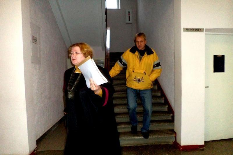 Už balsų papirkinėjimą nuteistas rusniškis pabėgo iš teismo salės