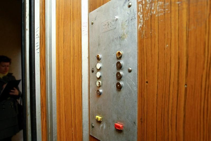 Pavojingą lifto avariją Šilainiuose bandoma nuslėpti?