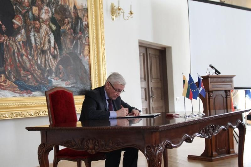 Kauno rajono savivaldybė pasirašė Merų paktą, siekiantį mažinti taršą