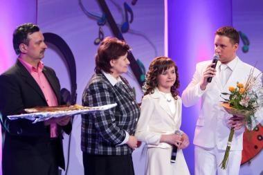 """""""Šeimų dainose"""" - A.Rimiškio ir jo sesers Ramintos dueto debiutas"""