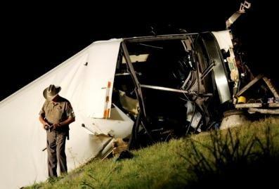 Teksase autobuso avarijoje žuvo 13 žmonių