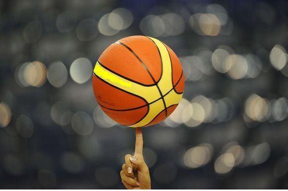 NBA čempionai šiame sezone savo arenoje rungtyniauja pergalingai
