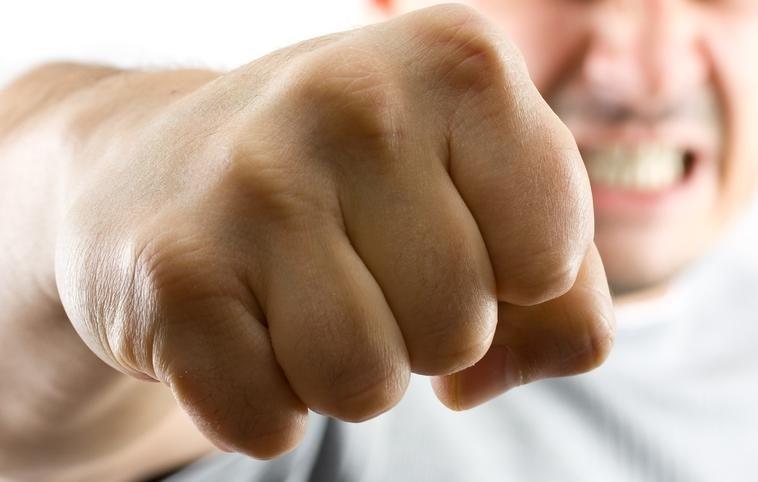 Seimas pritarė pataisoms dėl griežtesnių bausmių smurtautojams