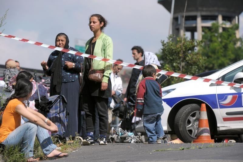 Prancūzijoje toliau likviduojamos romų stovyklos
