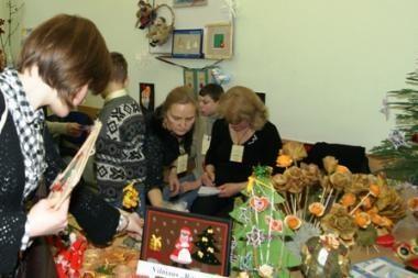 Neįgalių vaikų darbeliai gali tapti ypatinga dovana