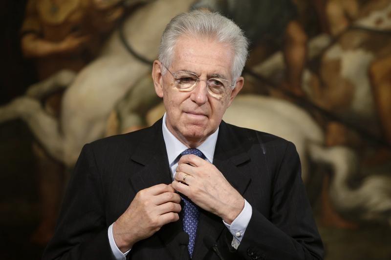Italijos parlamentas patvirtino biudžetą, M.Monti atsistatydinimo
