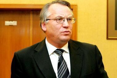 Vyriausybė pakluso Prezidentei - teikia atšaukti M.Laurinkų