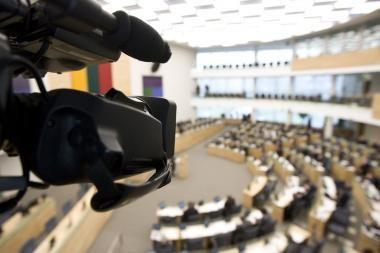 """Svarstant """"Sodros"""" biudžetą parlamentarams pasiūlyta gerti valerijonus"""