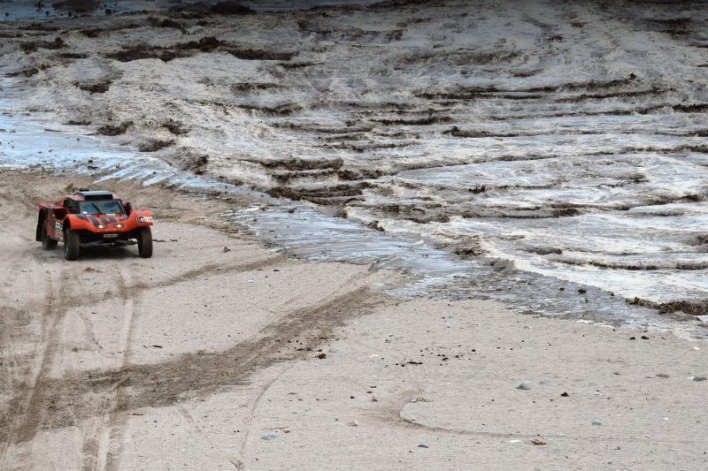 """Dėl """"meteorologinio Armagedono"""" sustabdytas Dakaro ralis"""